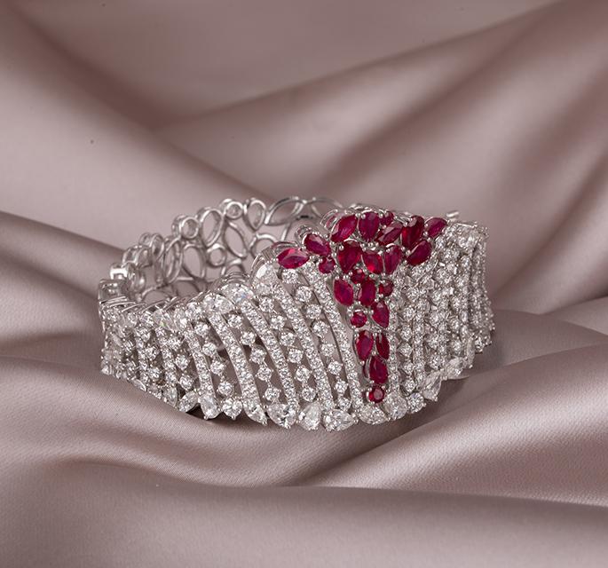 7 Jewellery Styling Trends For Western Wear